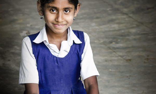 Bücher, Bänke und Bildung für Mädchen