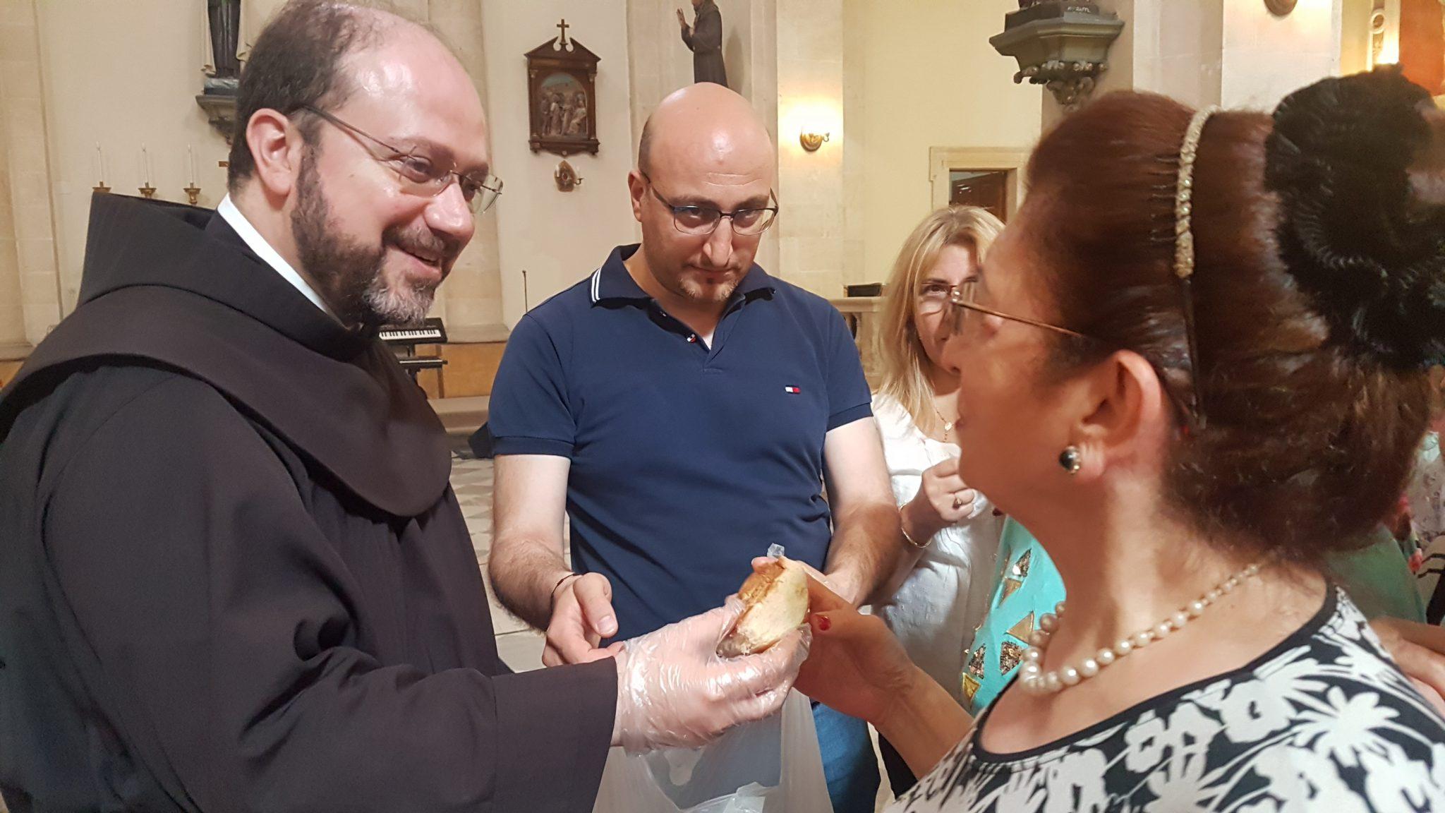 Syrien Aleppo Pater Ibrahim Verteilung Lebensmittel MZF Franziskaner