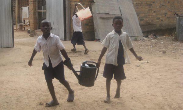 Wasser für die Grundschule in Same