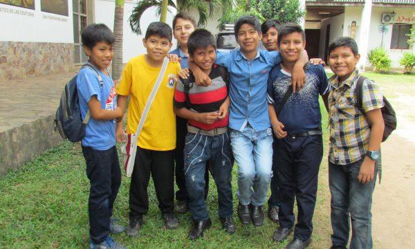 Bolivien: Generationenübergreifende Hilfe