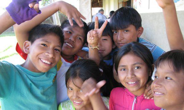 Bolivien Friedensarbeit Kinder MZF