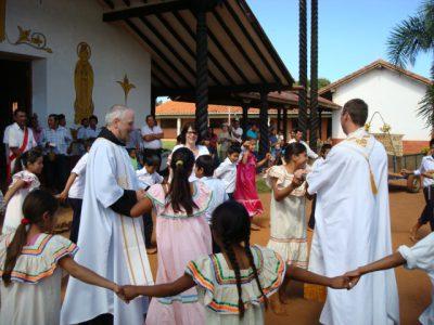 Bolivien Bikdung für Frieden und Gerechtigkeit Hilfe