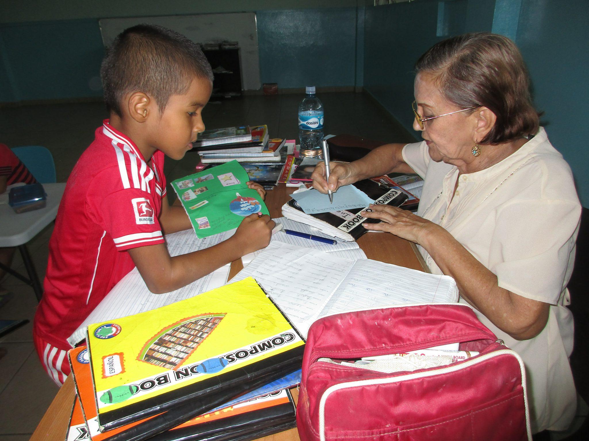 Panama Kinder erklären Förderung