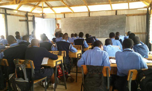 Freiwilligendienst Kenia Schule MZF