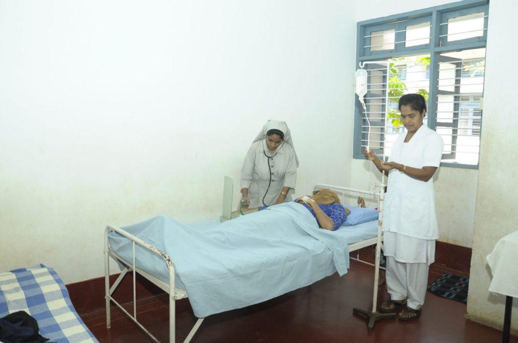MZF Indien Kranken hIlfe