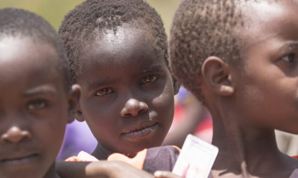Hunger quält die Kinder in Kenia