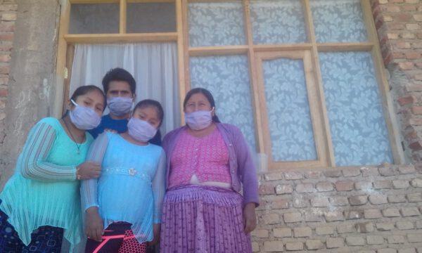 Lebensmittelhilfe für arme Familien, die unter der Corona-Pandemie leiden